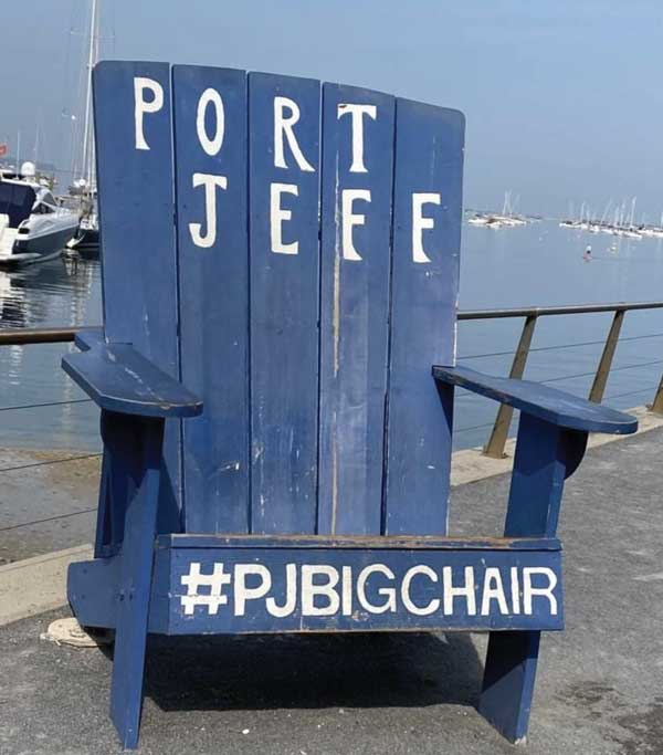 Port Jeff Big Chair