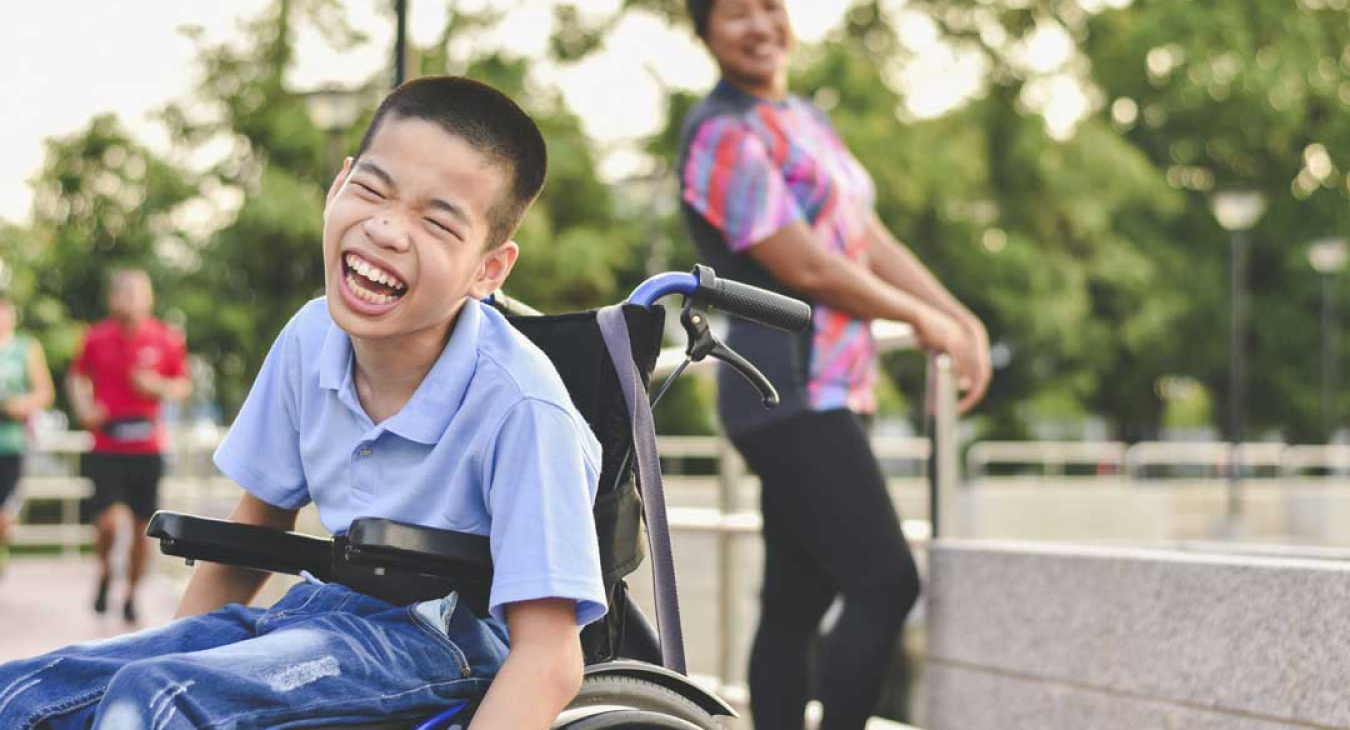 5 Great Tips To Help Your Disabled Child Have Fun At A Playground