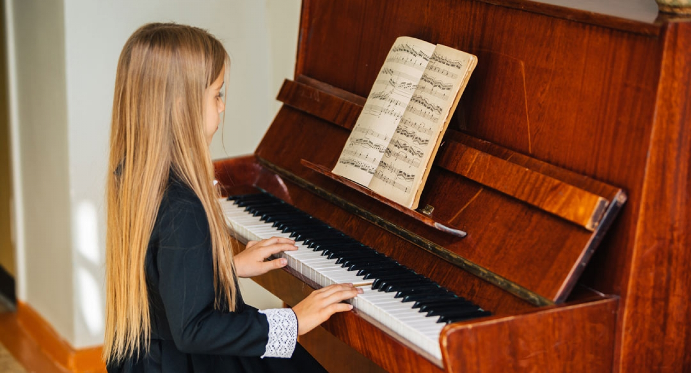 Benefits Of Playing Piano For Children