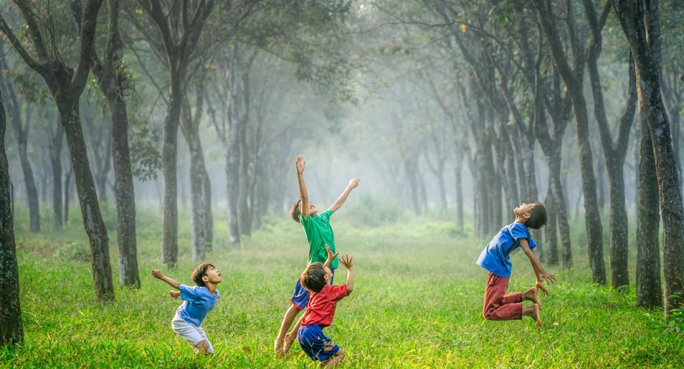 Tips For Managing Your Child's Asthma When Playing Outside