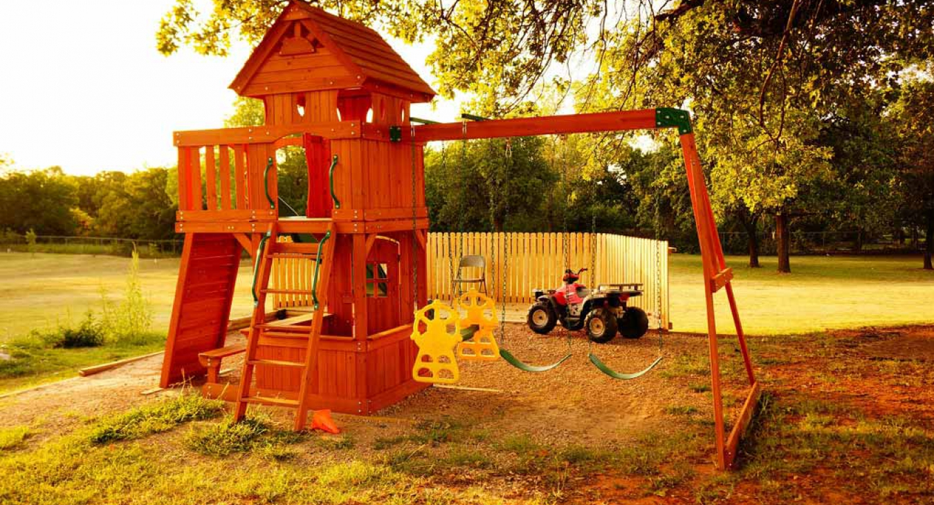 4 Great Tips To Turn Your Backyard Into a Playground